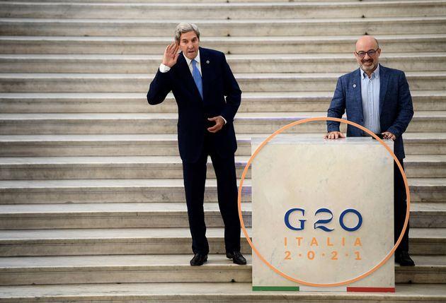 Les membres du G20 (ici l'envoyé spécial pour le climat des États-Unis John Kerry et le ministre italien...