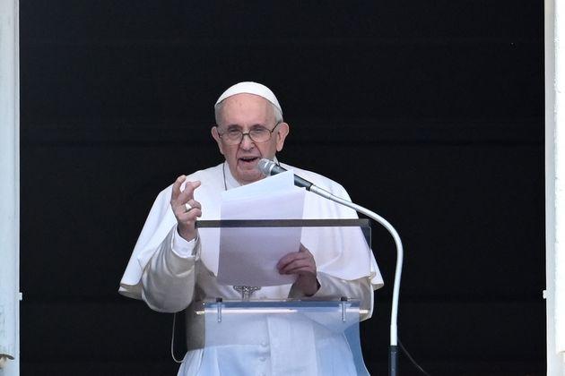 Papa Francesco su giovani e anziani: