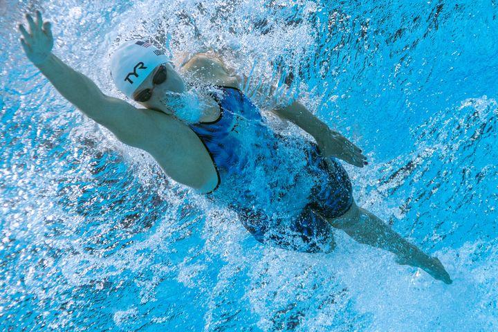 Underwater view of Katie Ledecky in her 400 meter heat.