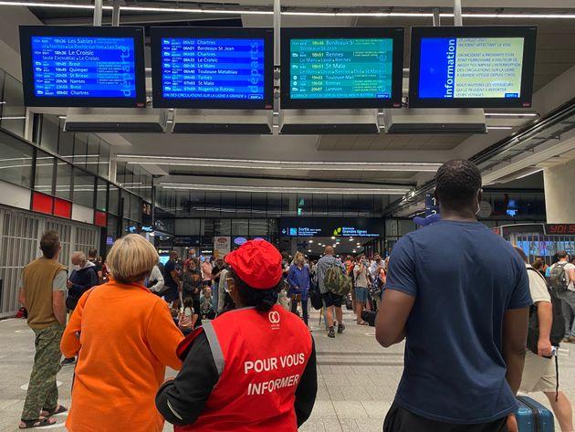 À la gare Montparnasse à Paris, le 25 juillet