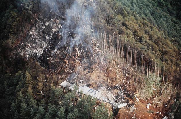 日航ジャンボ機の御巣鷹山墜落事故現場(群馬県上野村)=1985年8月13日