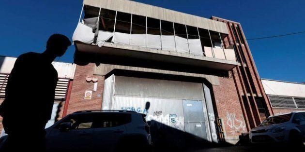 Nave abandonada en el barrio Can Feu de Sabadell donde se produjo la violación