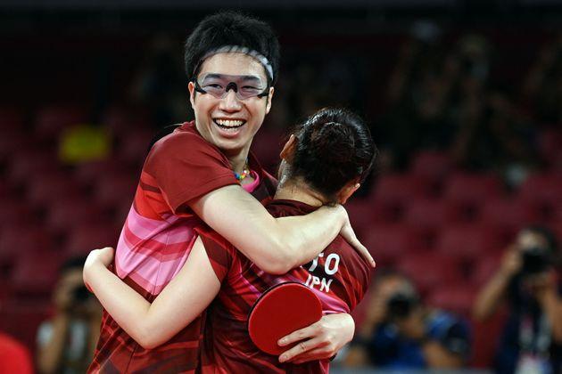 卓球・混合ダブルスで金メダルに輝いた水谷隼・伊藤美誠ペア