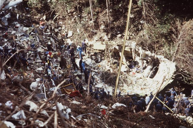 日本航空ジャンボ機の御巣鷹山墜落事故現場(群馬・多野郡上野村御巣鷹山)=1985年8月15日撮影