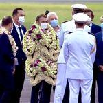 Macron enseveli de fleurs en Polynésie? Des journalistes étrangers dupés par ce