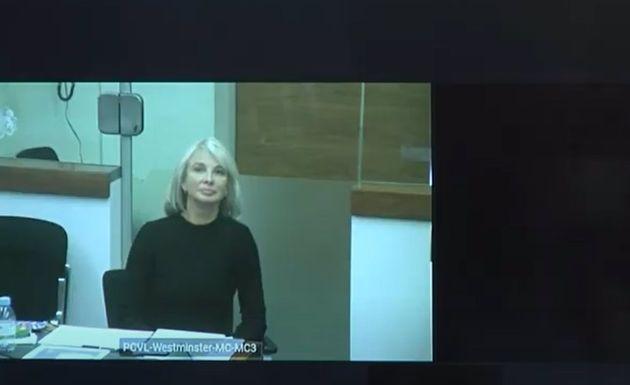 Declaración por videoconferencia de Corinna Larsen en el juicio contra el comisario jubilado y en prisión...