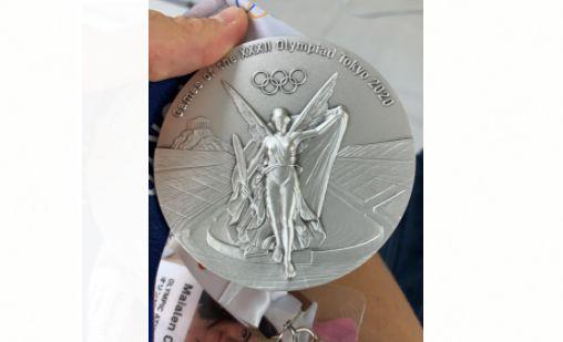 La imagen de la medalla que ha conseguido Maialen Chourraut en