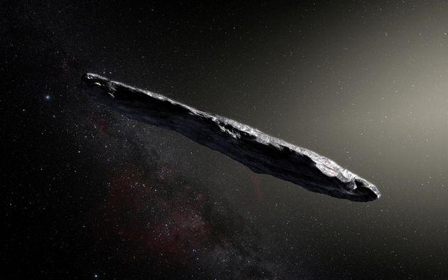 Illustration d'artiste de 'Oumuamua, le premier objet interstellaire confirmé jamais repéré...