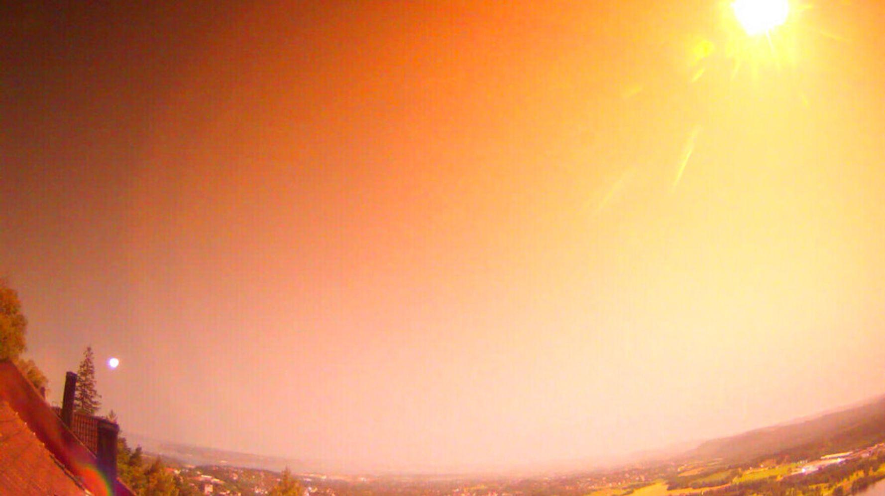 Large Meteor Lights Up Skies In Norway - HuffPost