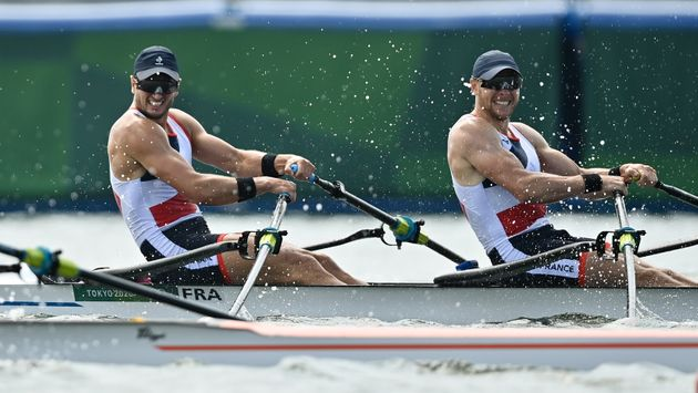 Hugo Boucheron et Matthieu Androdias lors de la finale olympique du deux de couple, à Tokyo au...