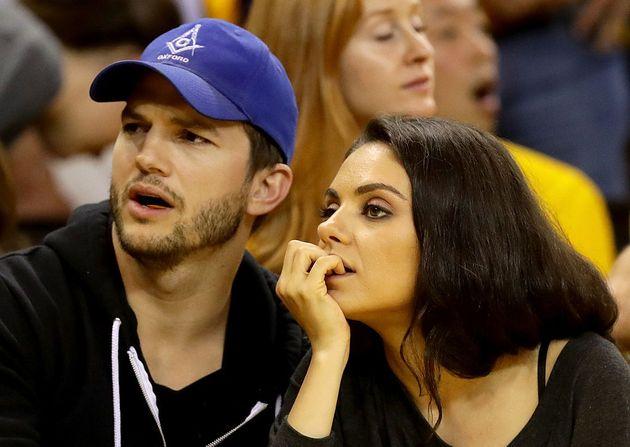 Los actores Mila Kunis y Ashton