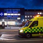Un joven está hospitalizado con pronóstico grave tras una brutal paliza al grito de