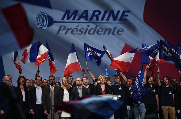 En 2017, à cinq jours du premier tour de l'élection présidentielle, Marine Le Pen donnait un meeting...