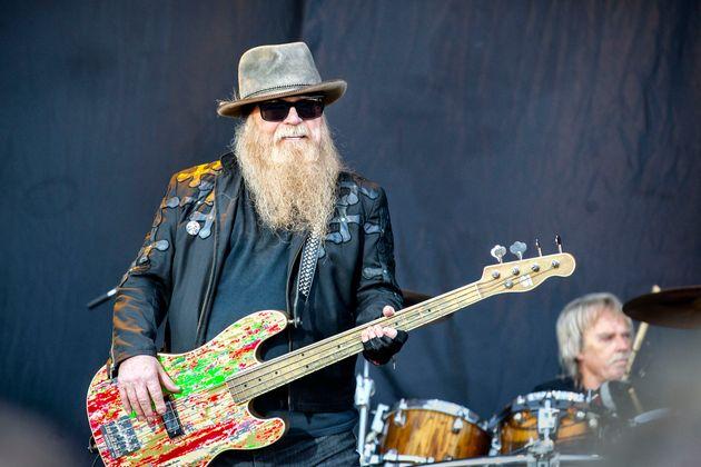 Dusty Hill, en una actuación en el Sweden Rock en