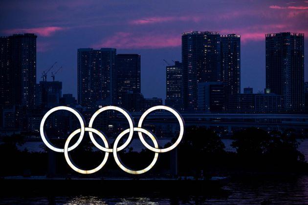 東京都港区にある五輪のシンボルマーク