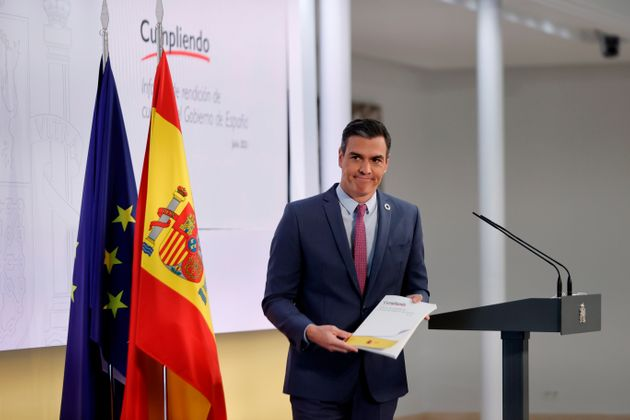 Sánchez defiende que ha cumplido el 33% de sus compromisos y aspira a la recuperación y a un