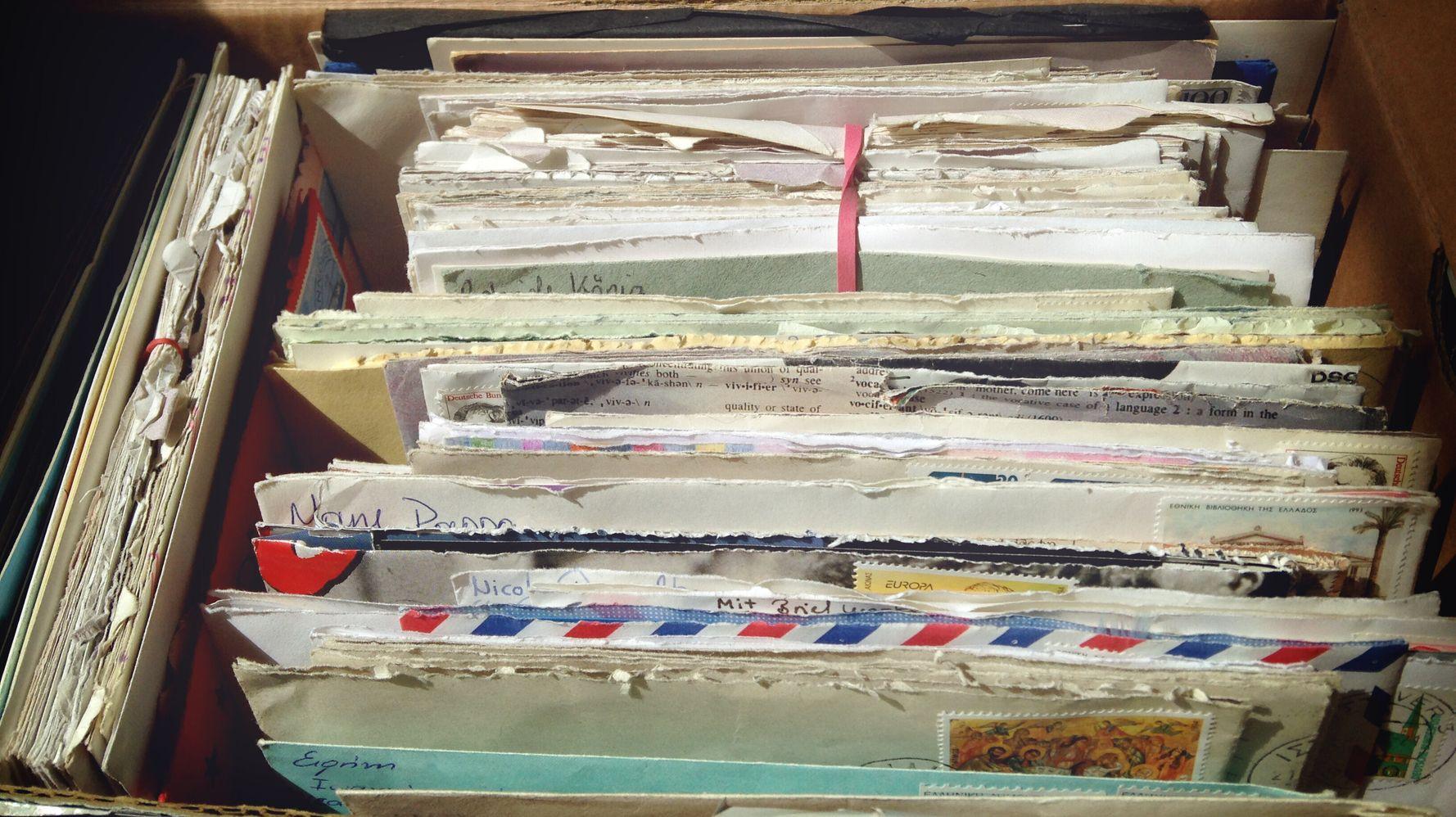 En retrouvant des lettres oubliées, ils ont exhumé une partie de leur histoire