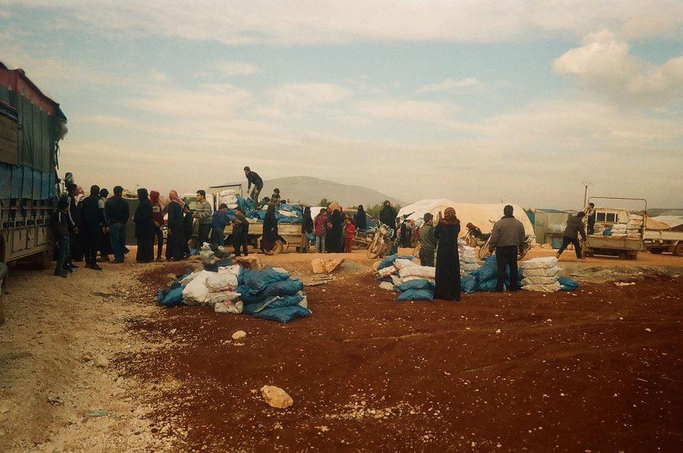 La situazione degli sfollati che aspettano di ricevere il carbone per il riscaldamento a causa della...