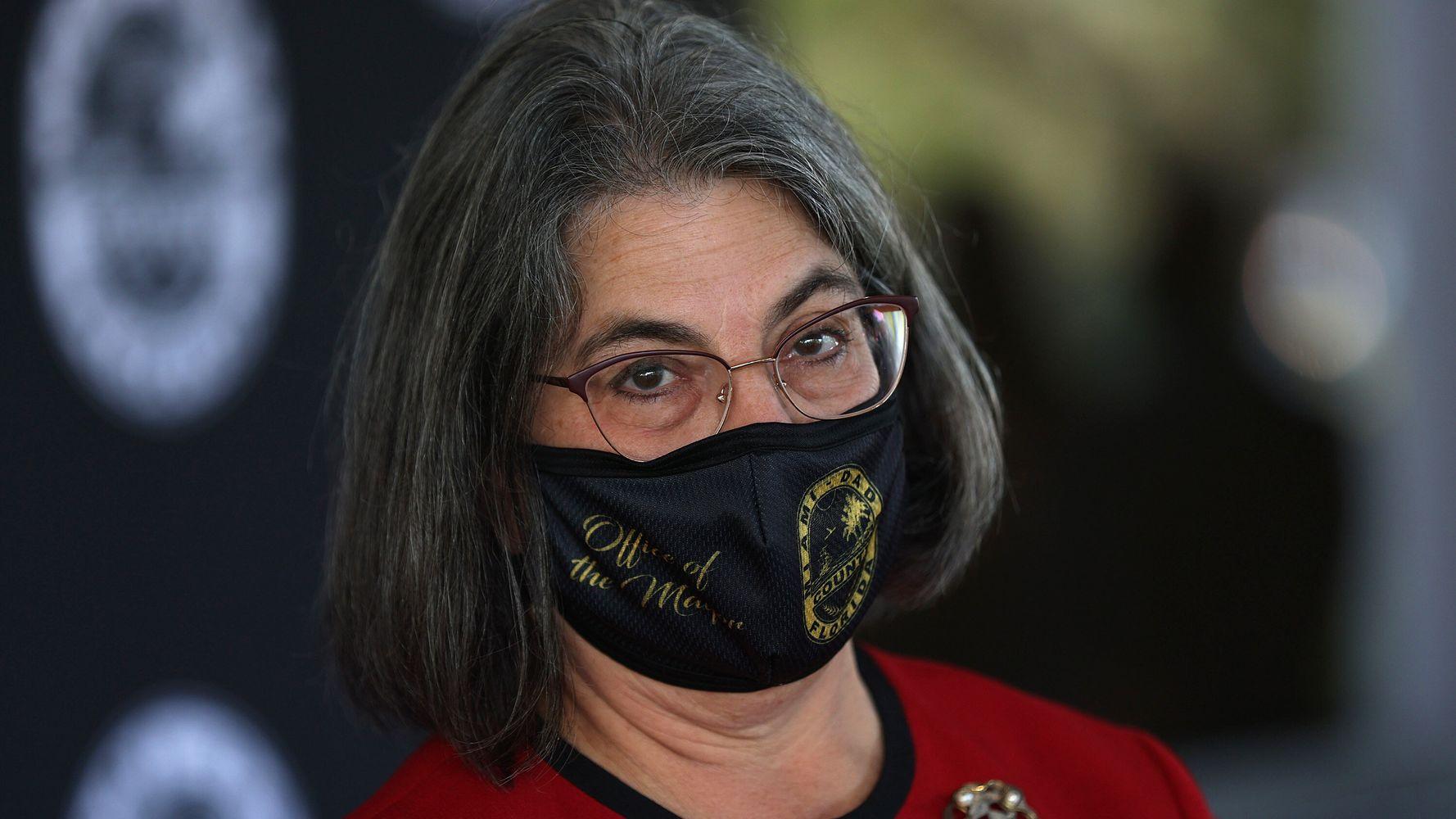 Florida Mayors Defy Ron DeSantis With Mask, Vaccine Mandates