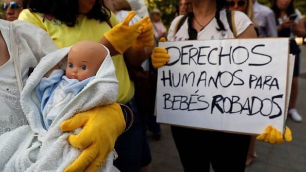Imagen de archivo de una manifestación por conocer la verdad sobre los bebés