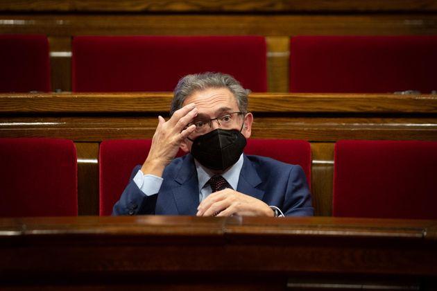 El conseller de Economía y Hacienda de la Generalitat, Jaume Giró, durante una sesión plenaria en el...