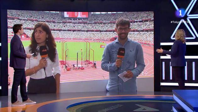 Los reporteros de TVE antes del comienzo del