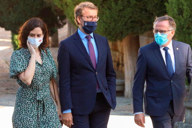 Ayuso, Feijóo y el presidente de la ciudad autónoma de Melilla, Eduardo de