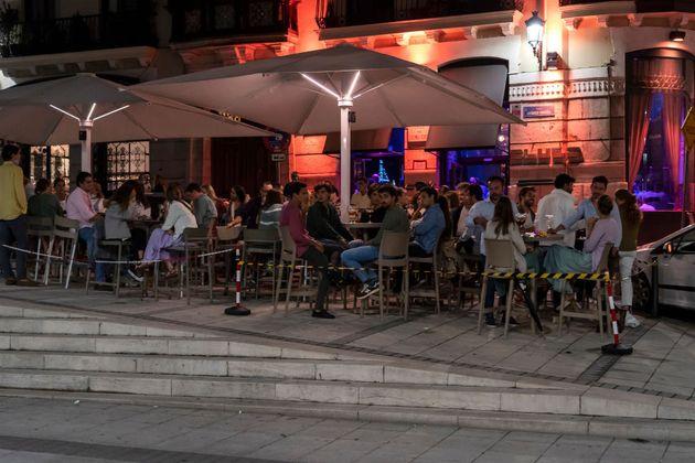 Una terraza en Santander, en una imagen de