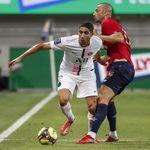À Tel-Aviv, le joueur du PSG Achraf Hakimi sifflé à chaque ballon