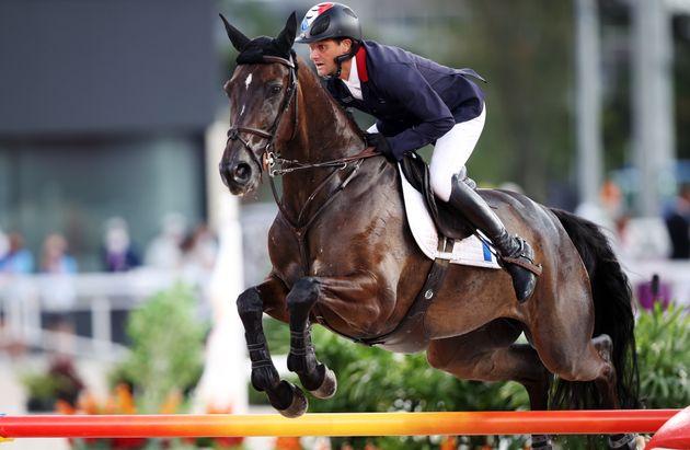 Emmenée par Nicolas Touzaint, l'équipe de France d'équitation a remporté la médaille de bronze au concours...
