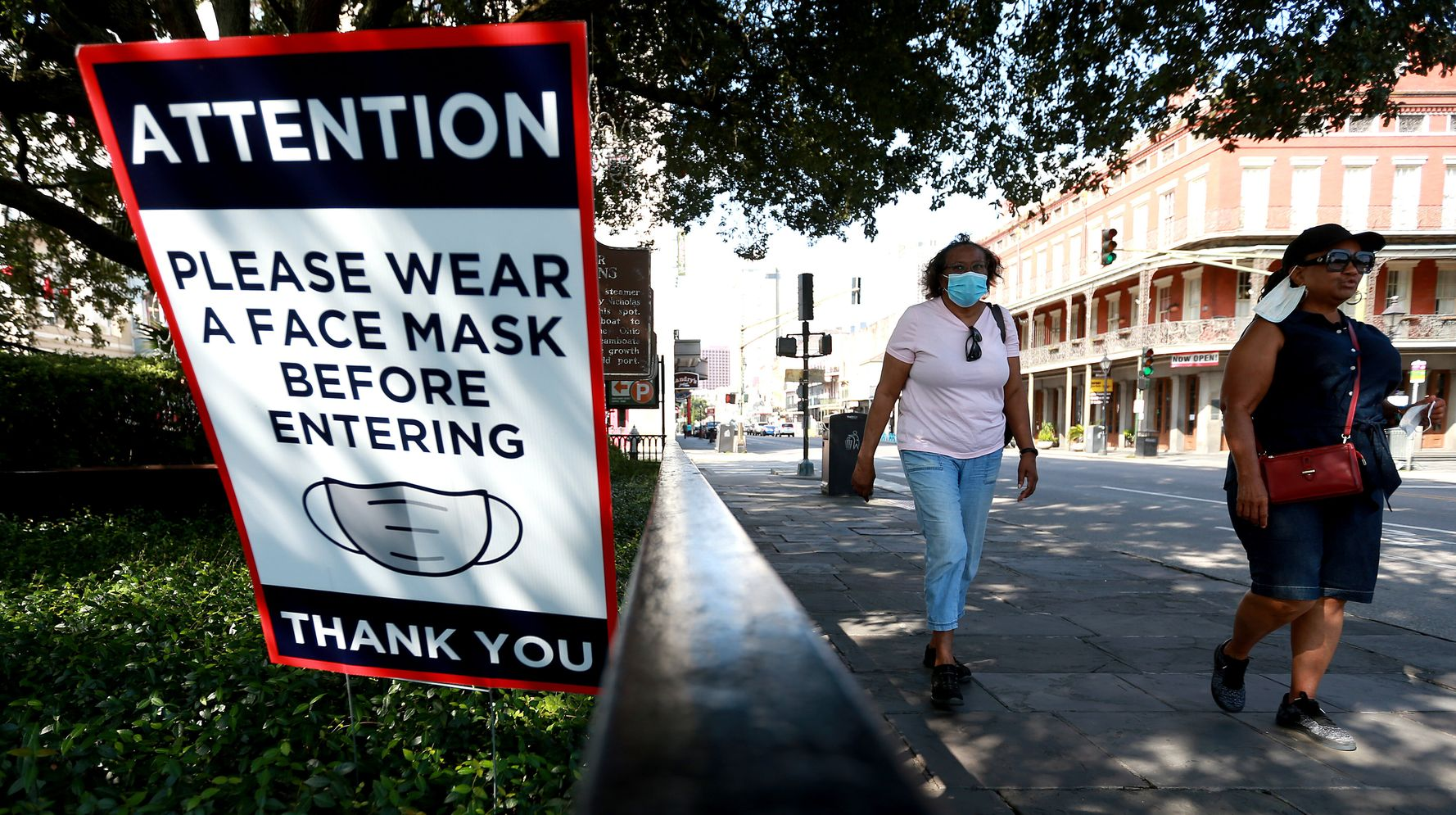 Louisiana Reinstates Indoor Mask Mandate As State's Largest Hospital Runs Out Of Beds