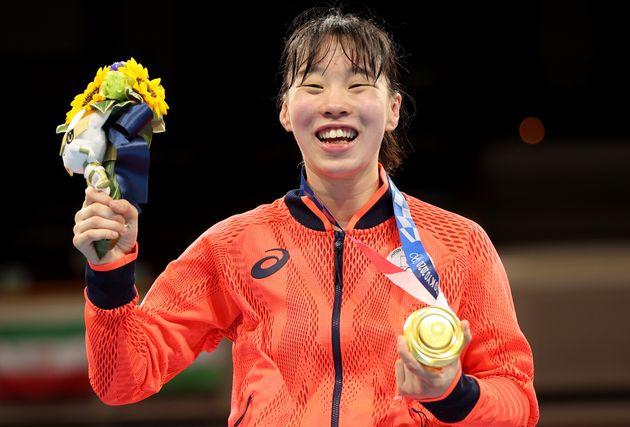 ボクシング女子フェザー級で金メダルを獲得した入江聖奈選手