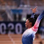Simone Biles se hace con el bronce en su regreso a la