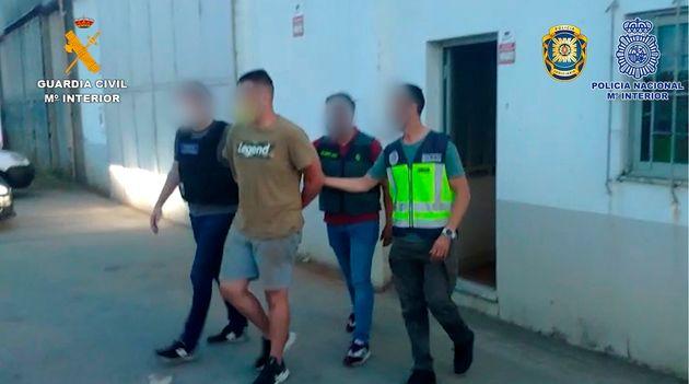 Imágenes facilitadas por la Guardia Civil de la operación conjunta con Policía Nacional y Policía Judiciaria...