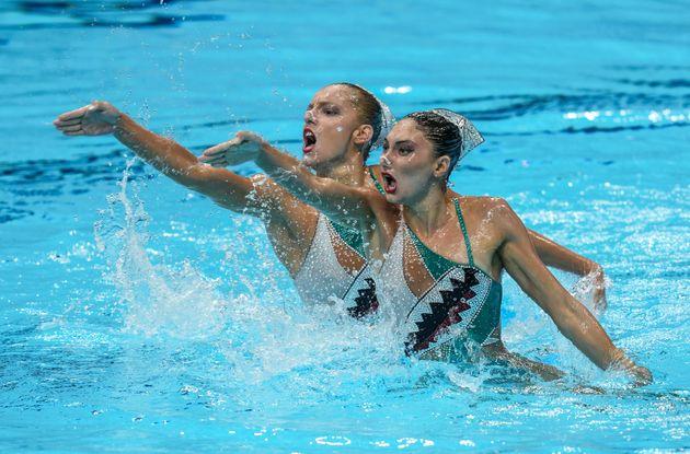Καλλιτεχνική κολύμβηση...