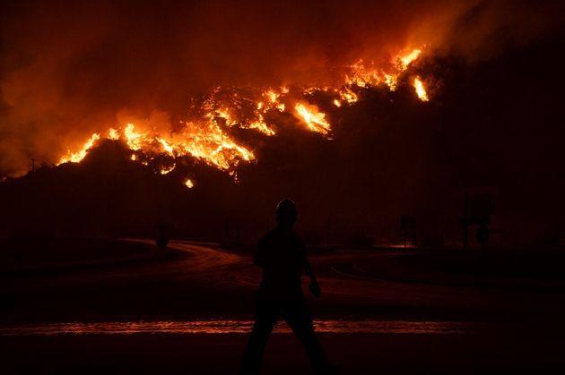 Un incendie près de la centrale thermique de Milas, en Turquie, le 4 août