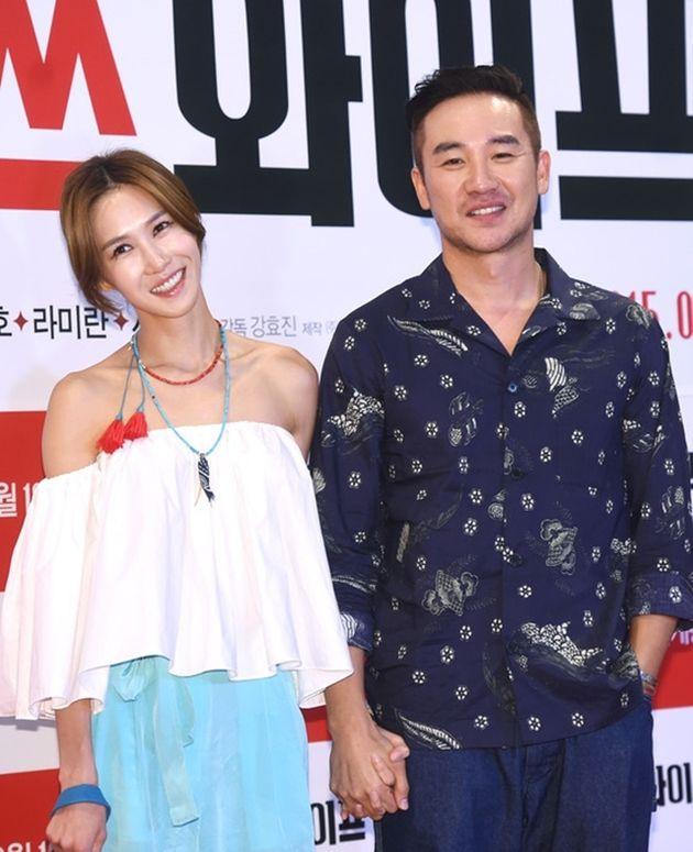 2015년 8월, 영화 '미쓰 와이프' 시사회에서 엄태웅, 윤혜진