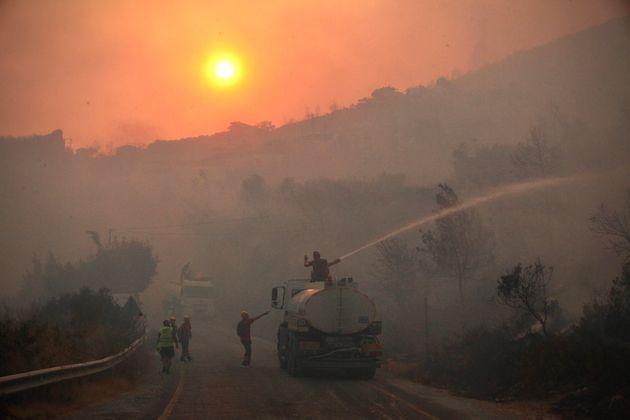 Ces derniers jours, de terribles incendies ont ravagés les côtes de la Turquie. Le résultat du changement...