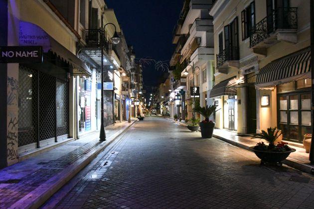 Απαγόρευση κυκλοφορίας και μουσικής σε Ζάκυνθο-Χανιά λόγω αυξημένων
