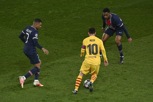 Cinq mois après avoir affronté le PSG en Ligue des Champions avec Barcelone, Lionel Messi...