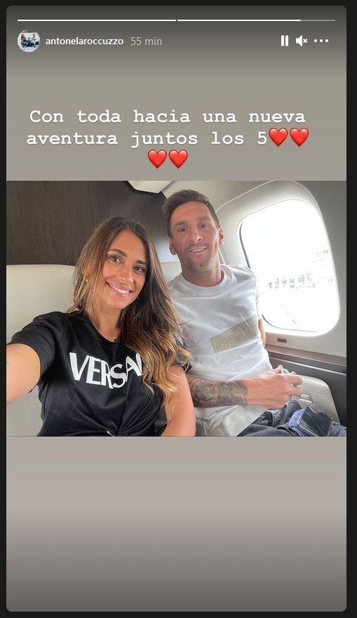 Lionel Messi dans l'avion pour Paris le 10 août