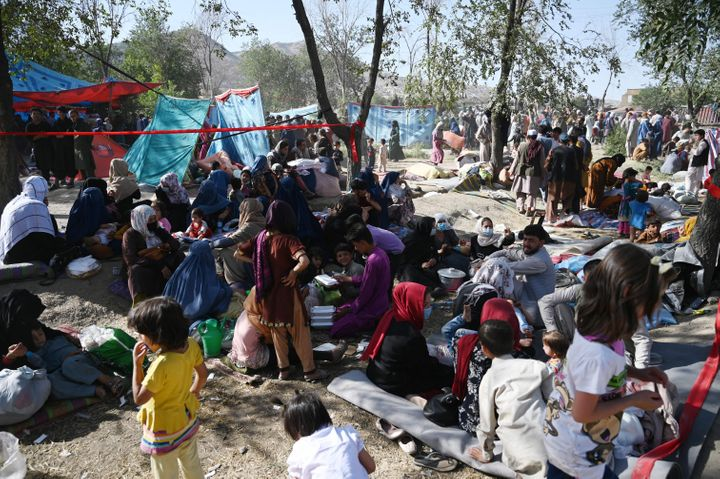 Internally displaced Afghan families, who fled from Kunduz and Takhar province due to battles between Taliban and Afghan secu