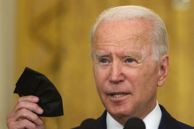 Le variant Delta relance la bataille du masque aux États-Unis(Photo prétexte de Joe Biden...