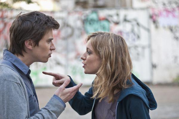Según tu pareja percibe tus emociones cuando peleas, así impactas sus sentimientos. Cuando él siente que intentas controlar,