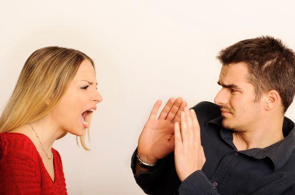 Lo creas o no, los hombres son mucho más vulnerables que las mujeres a los altibajos en las relaciones. Se cree que es porque