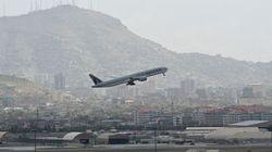 EEUU alerta de disparos en el aeropuerto de Kabul mientras se llevan a cabo las