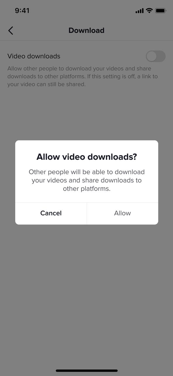 Pop-up de TikTok sobre la descarga de vídeos.