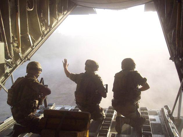 Miembros del Escuadrón de Apoyo al Despliegue (EADA), en su despedida de