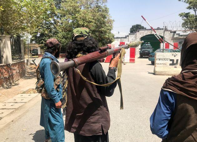Taliban forces stand guard inside Kabul, Afghanistan August 16, 2021. REUTERS/Stringer