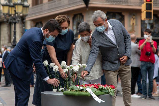 Homenaje a las víctimas de los